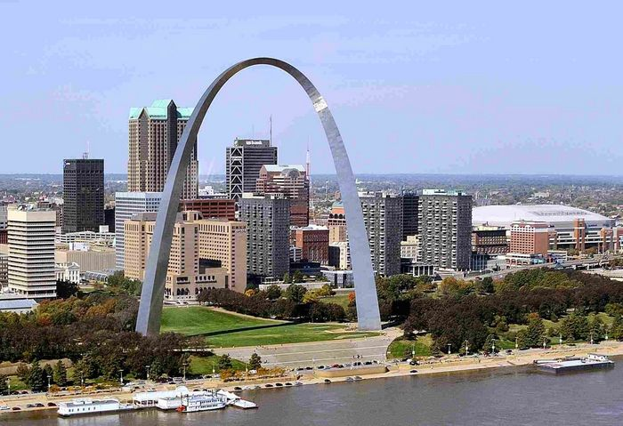 Cheap Hotels In St Louis Near The Arch