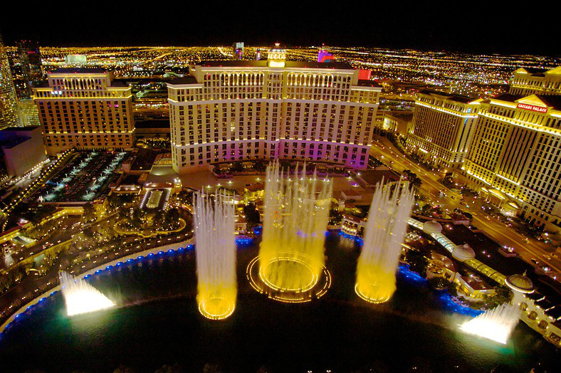 Cheap Flights And Hotel Deals To Vegas